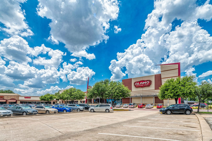Richardson Heights Shopping Center Gallery Image